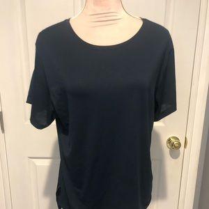 Lululemon t shirt size 10
